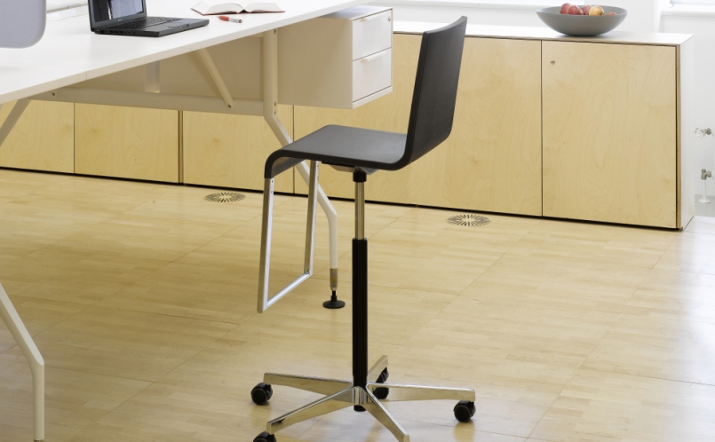 Counterstuhl - Vitra - .03 High