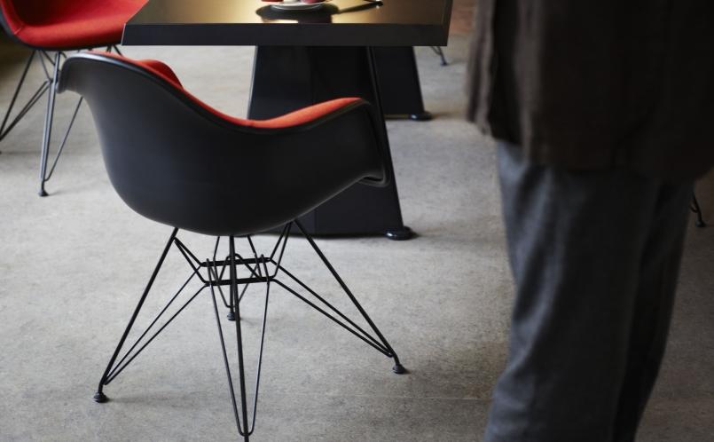 Eames Plastic Armchair : Stuhl eames plastic armchair dar vitra marcus hansen münchen