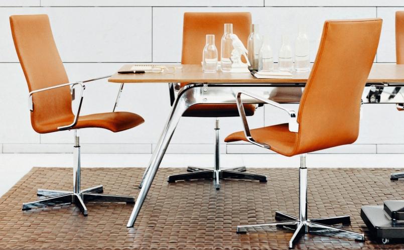 konferenzstuhl oxford fritz hansen marcus hansen m nchen. Black Bedroom Furniture Sets. Home Design Ideas