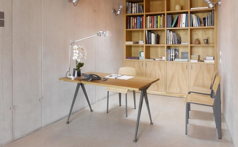 schreibtisch compas direction vitra marcus hansen m nchen. Black Bedroom Furniture Sets. Home Design Ideas
