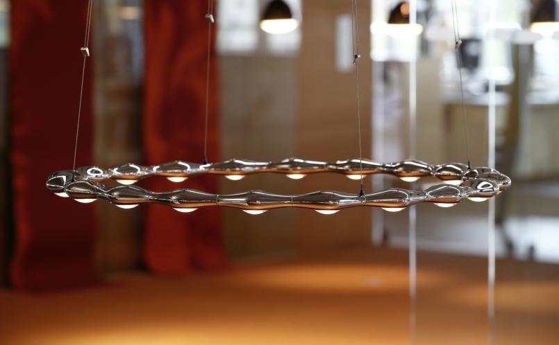h ngeleuchte move around tobias grau marcus hansen m nchen. Black Bedroom Furniture Sets. Home Design Ideas