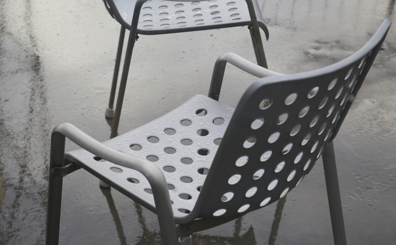 Stuhl landi stuhl vitra marcus hansen m nchen for Stuhl designgeschichte