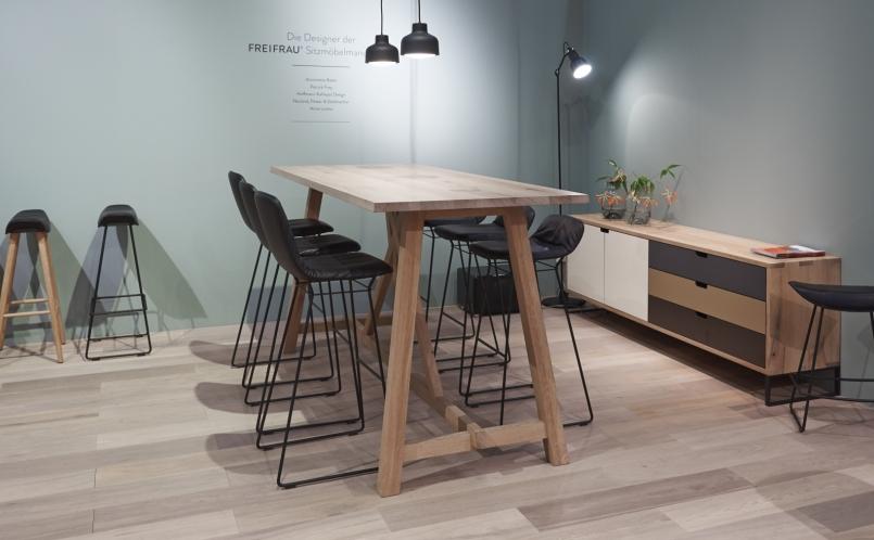 barhocker leya barstool freifrau marcus hansen m nchen. Black Bedroom Furniture Sets. Home Design Ideas