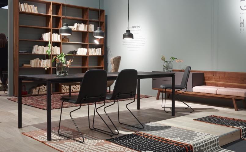 stuhl amelie freifrau marcus hansen m nchen. Black Bedroom Furniture Sets. Home Design Ideas