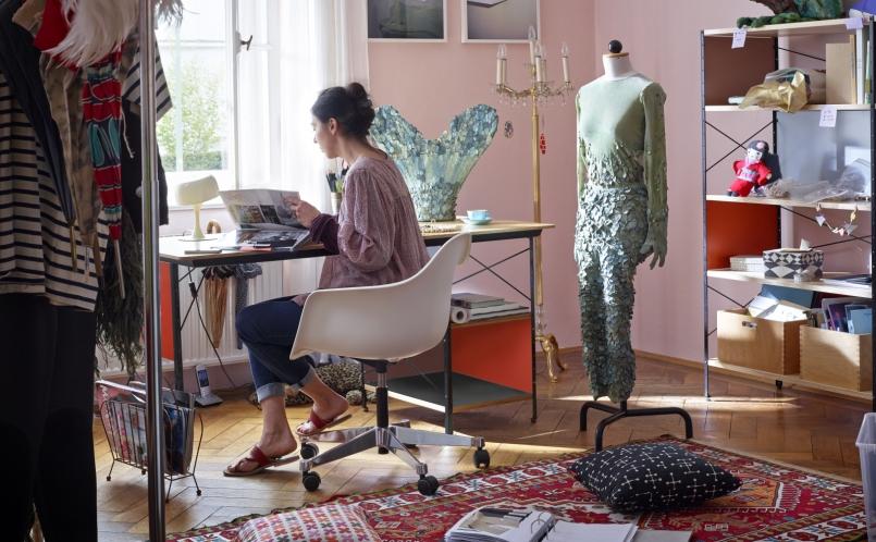 Bürostuhl designklassiker eames  Bürostuhl Eames Plastic Armchair PACC, Vitra - Marcus Hansen München